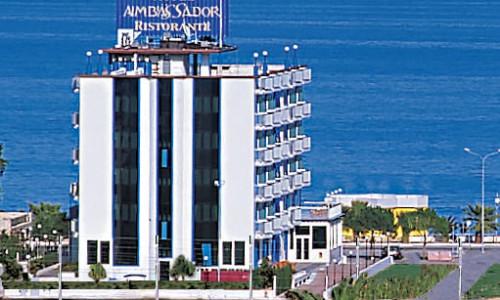 esterno_hotel_ambassadors_tortoreto2