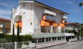 hotel-pineto-lisa-mare