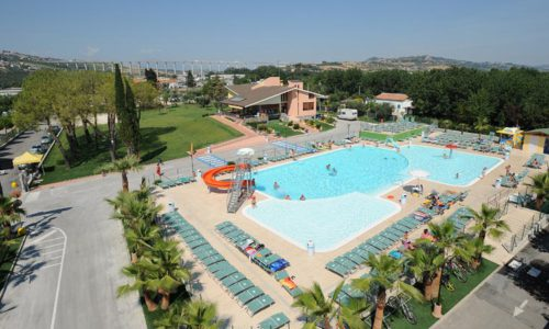 camping-village-don-antonio-piscina2
