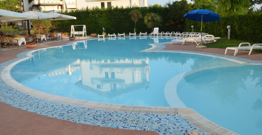 hermitage-piscina2