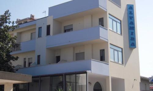 hotel-altamira-esterno