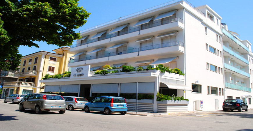 hotel-la-pineta-01