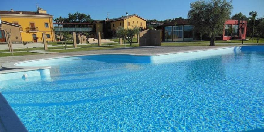 Country house il ponte alba adriatica vivi l 39 abruzzo - Agriturismo abruzzo con piscina ...