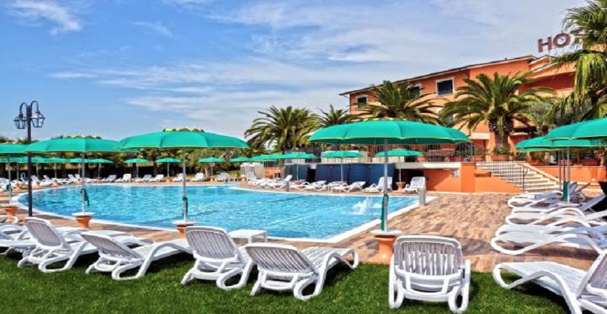 piscina-villa-luigi