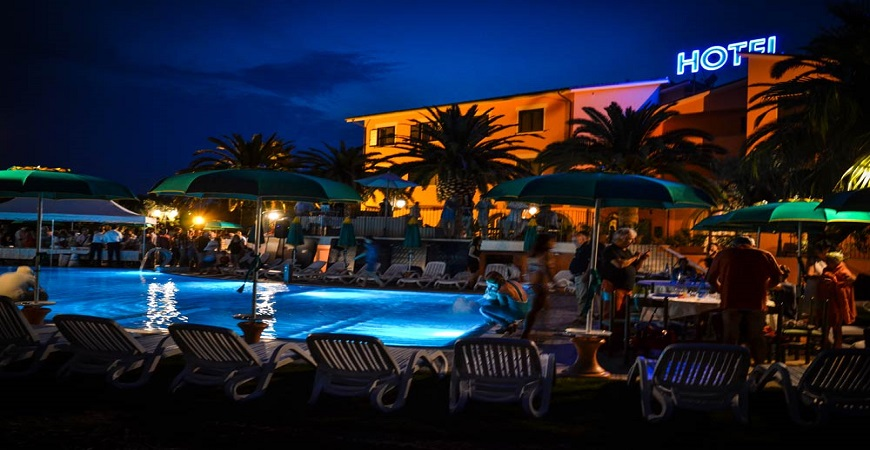 piscina4-villa-luigi