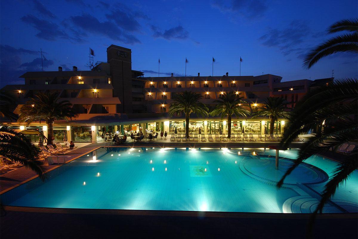 piscina_hotel1-1