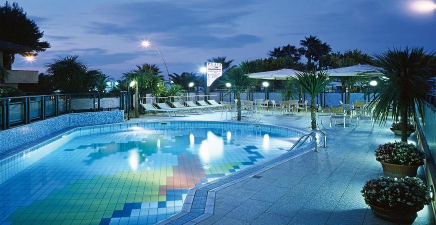 piscina-residence-playa