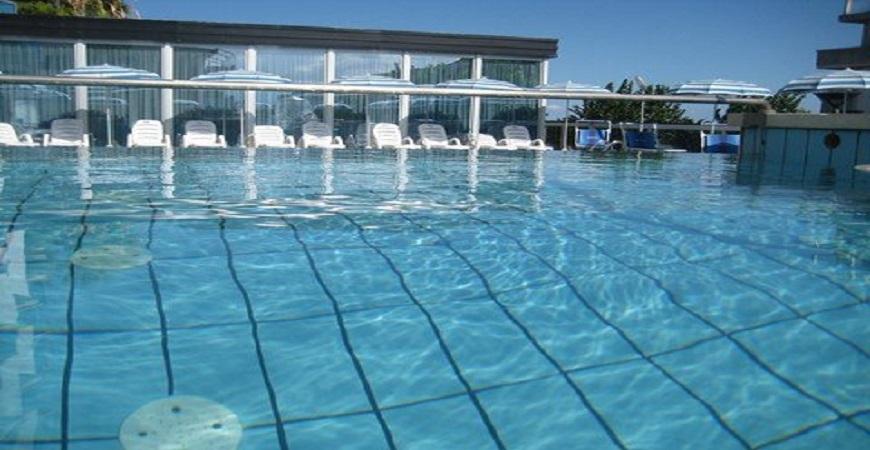 piscina-hotel-king