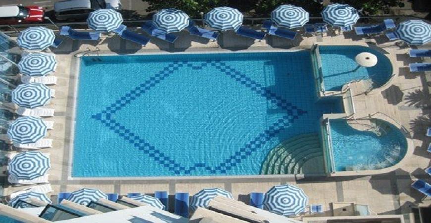 piscina2-hotel-king